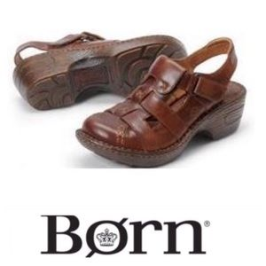 💕SALE💕 Born Brown Leather  Nanilee Mule Sandals